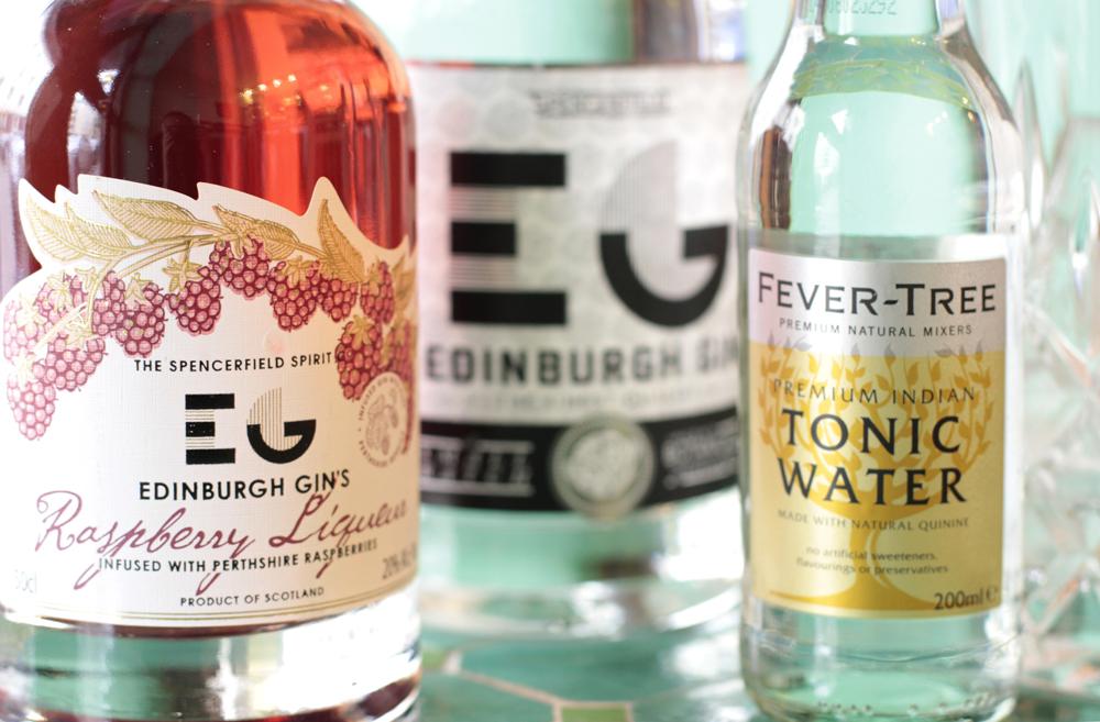 nanas rhubarb edinburgh gin tonic _ nana meze & wine bar muenchen_ pic vivi D'Angelo